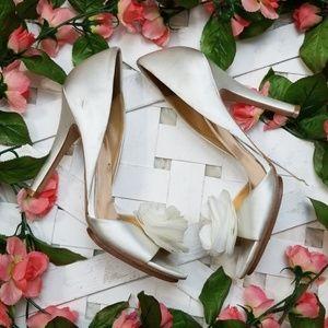 Badgley Mischka sz 10 White Open Toe Heels
